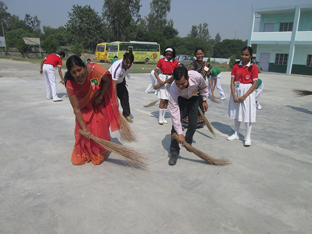 Rally on Clean India, Clean School