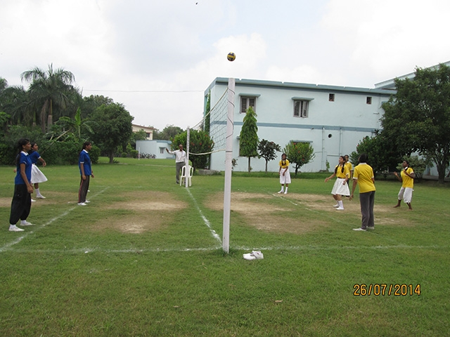 Throw Ball & Volley Ball
